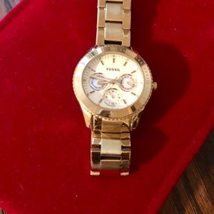 Women's stainless steel gold fossil watch